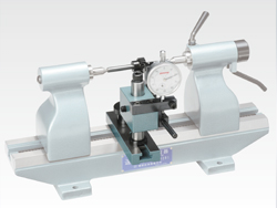 Bench Center with Gear Measuring Attachment